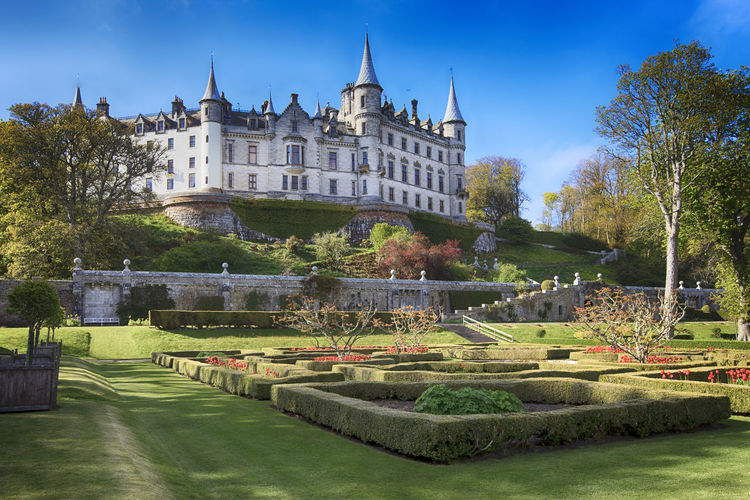 Dunrobin Castle and Gardens Architecture Castle Castle View  Clan Dunrobin Castle DunrobinCastle Eye4photography  EyeEm EyeEm Gallery Historical History Landscape Outdoors Panorama Panoramic Place Royal Scotland Scotland 💕 Scottish Highlands Sutherland Uk View