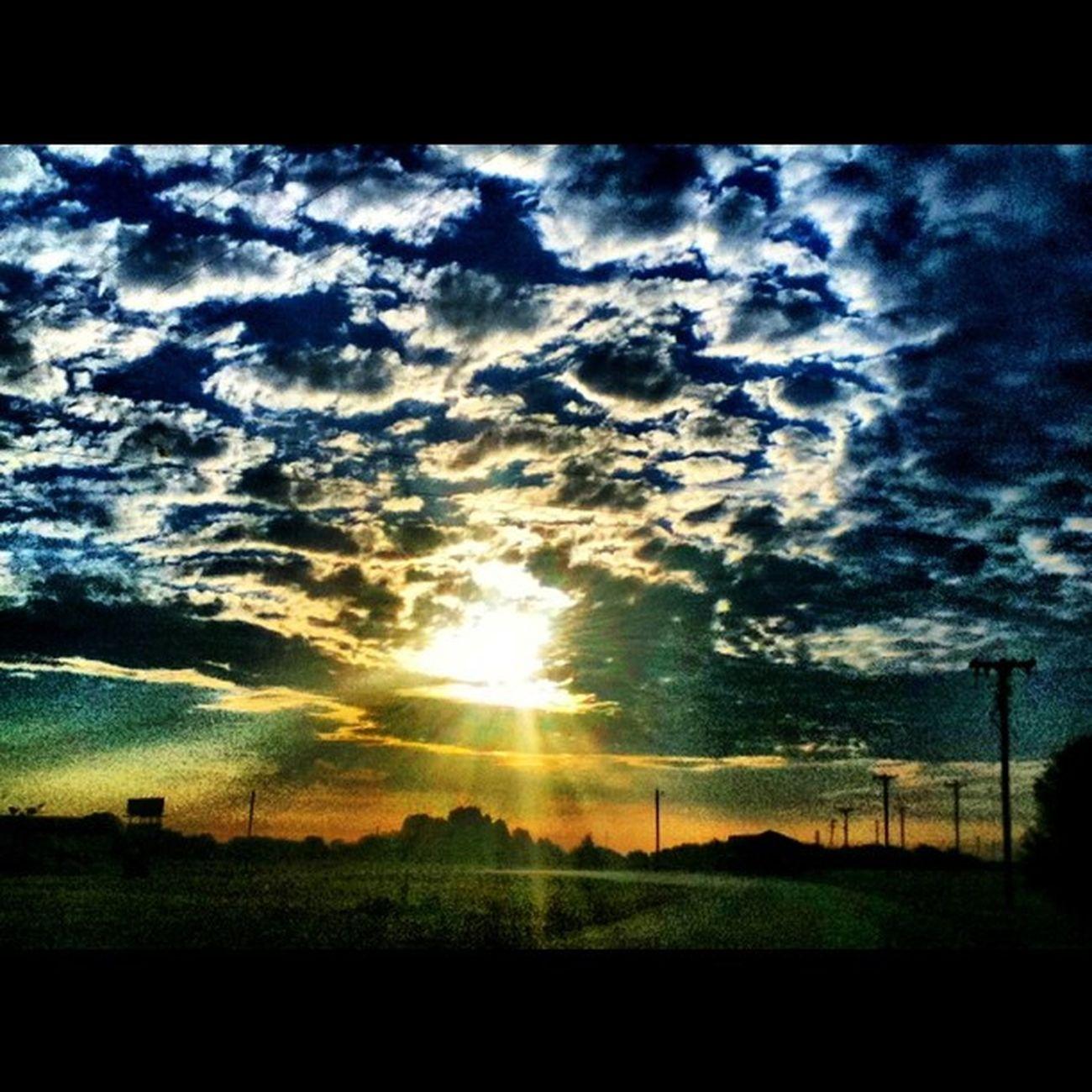 Sunset Sky Cloudporn Photooftheday Instagram Jj  30likes 20likes Jj_forum Teg Dynamiclight Ipone4