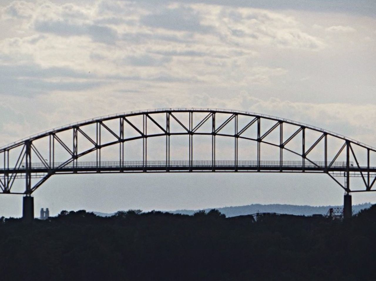 One of the Candian // American boarder bridges - located in Sault St Marie. Cityscapes Simplicity Nature Discover Your City Beautiful This Week On Eyeem Aritechture Buildings OpenEdit Minimalism