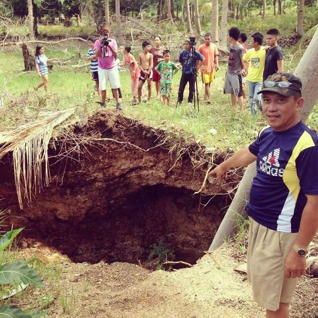Thank God kay na tagad jud tawn among isla Sinkhole Earthquake