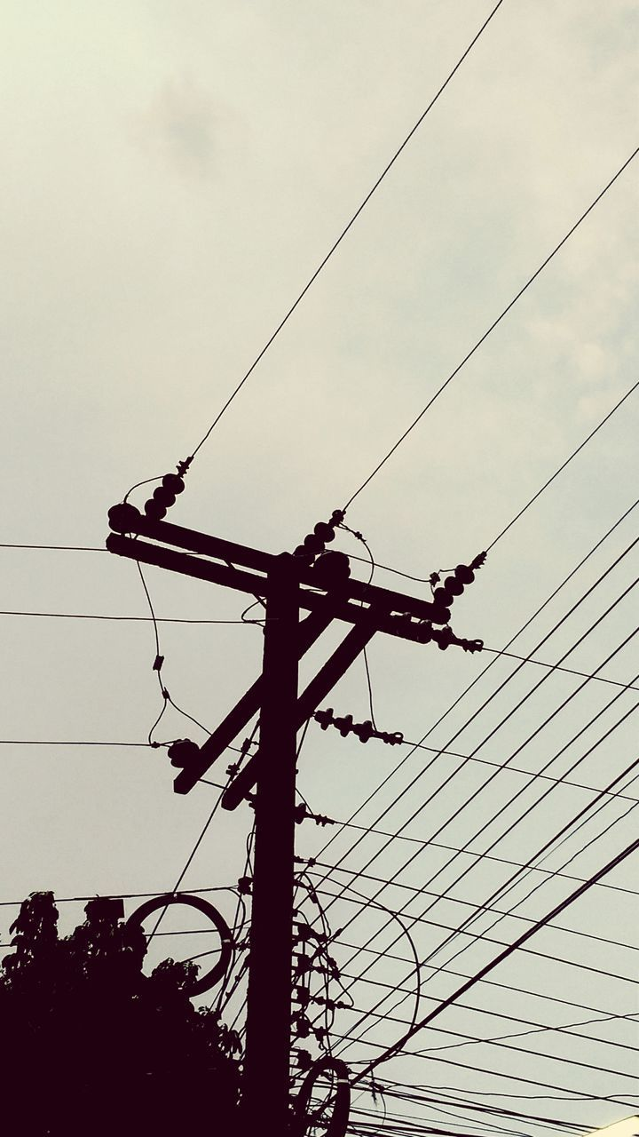 cable, power supply, power line, connection, electricity, low angle view, fuel and power generation, electricity pylon, technology, outdoors, sky, complexity, day, no people, telephone line, nature
