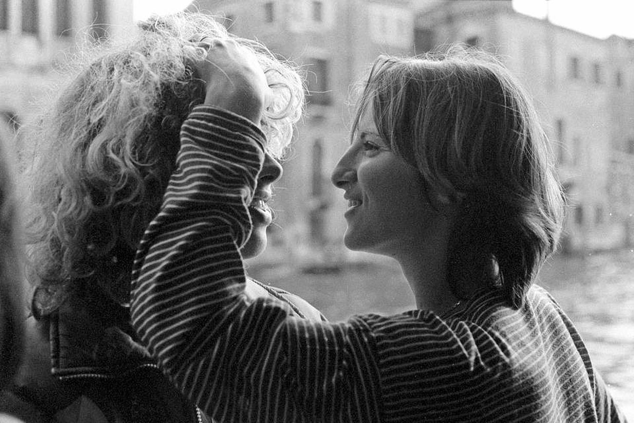 Sweet kiss #1 Blackandwhite Streetphoto_bw Bw_collection Eye4black&white
