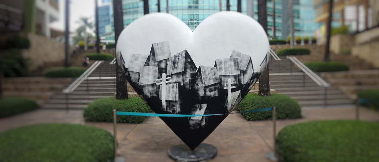 Love for HeART at Ayala Center Cebu Art Park Art Scene Cebu Poverty Community Ayala Ayala Center Cebu Black And White Art Park Houses Rooftops Philippines Beautiful Artwork ArtWork Meaningful  Reflection Society Love Art To Heart Design Artistic Life