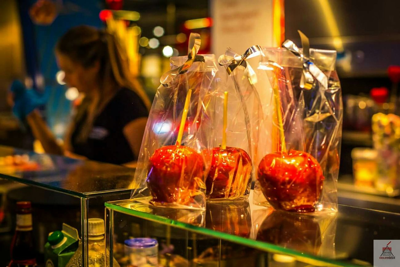 Canonphotography Markthalrotterdam Canon50mm Nifty Fifty Caramel Apples Candy Colorful Bokeh Canon5dmarkiii