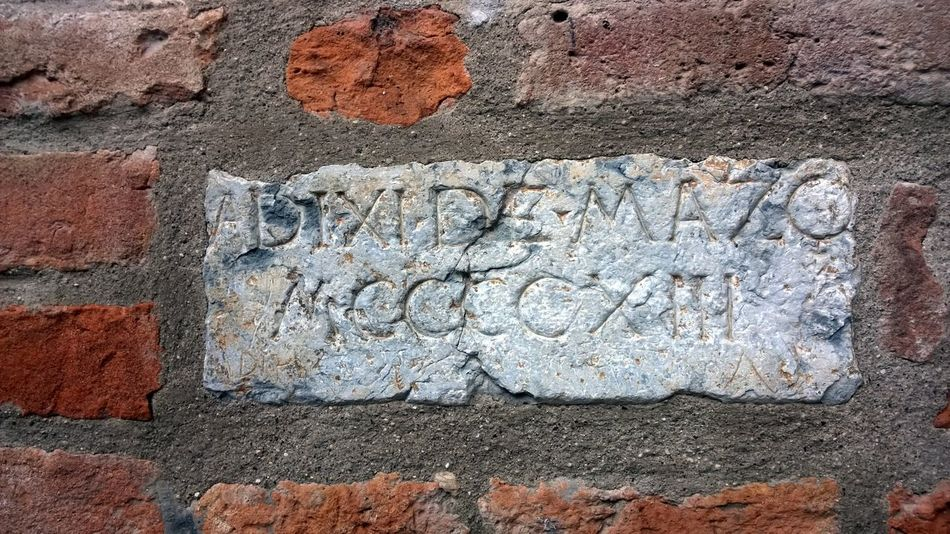 MCCCCXIII Ancient Antique Detail Epigram Geometry Mantua Old Old Buildings Outdoors Piazza Mantegna, Mantova Stone Wall