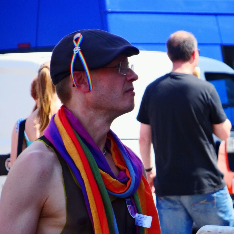 Fight for your right. EEA3 - Dresden The Street Photographer - 2015 EyeEm Awards The Moment - 2015 EyeEm Awards The Fashionist - 2015 EyeEm Awards Gay Pride What I Value Buffalo Soldier Streetphotography Photos That Will Restore Your Faith In Humanity