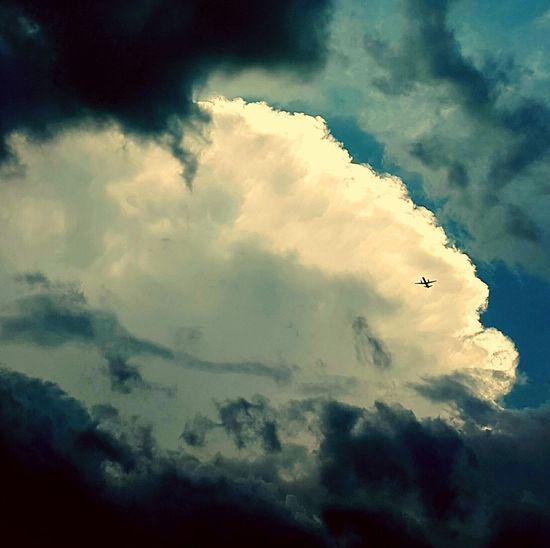 Flying Plane Dark Clouds Dark Clouds Above Dark And White Clouds And Sky Plane Flying Check This Out Taking Photos EyeEm Best Shots Eyeem Clouds Eyeem Clouds And Sky Hello World Photo Of The Day EyeEm Gallery EyeEmBestPics EyeEm Best Edits Best Shots EyeEm In The Sky In The Sky ! In The Skies Eye4photography  EyeEm The Best Shots Follow4follow My Commute