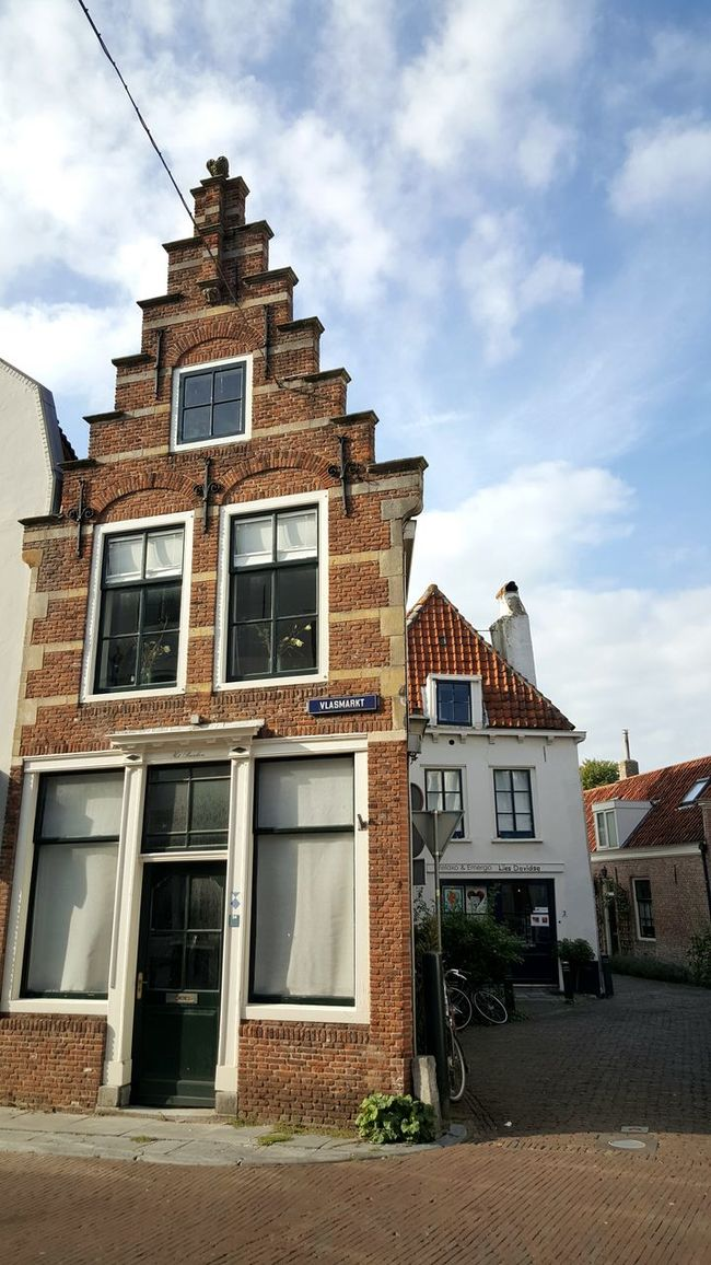Architecture Built Structure Building Exterior Window Sky Low Angle View House Residential Structure Cloud Façade Day Cloud - Sky Outdoors No People Town Weathered Cloudy Architecture_collection Dutch Architecture Dutch House Amazing Architecture Dutch Cities Taking Photos Taking Pictures Dutch