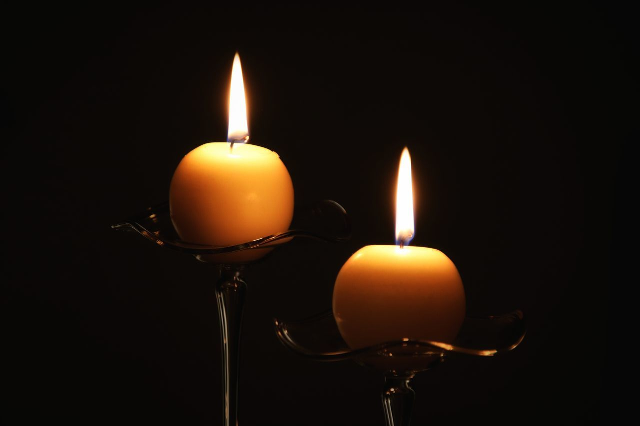R.I.P. George Michael ... This Kind Of Love 💕https://www.youtube.com/watch?v=LBNIonebbUs Burning Candle Illuminated Ladyphotographerofthemonth Lighting Equipment Lights In The Dark Memories ❤ R.I.P R.I.P. George Michael Rest In Peace ❤ Songs Songs That Touch You Touching Tribute Untamed Heart
