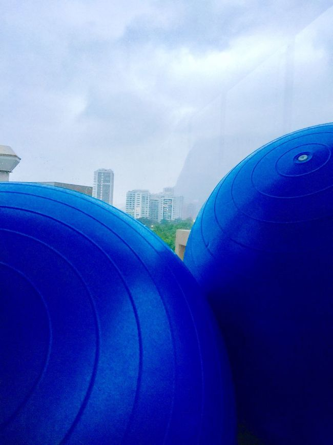 Gotta have balls sometimes 🔵 Architecture Built Structure Sky Modern Blue Outdoors Man Made Object Multi Colored Balls IPhoneography For My Friends That Connect