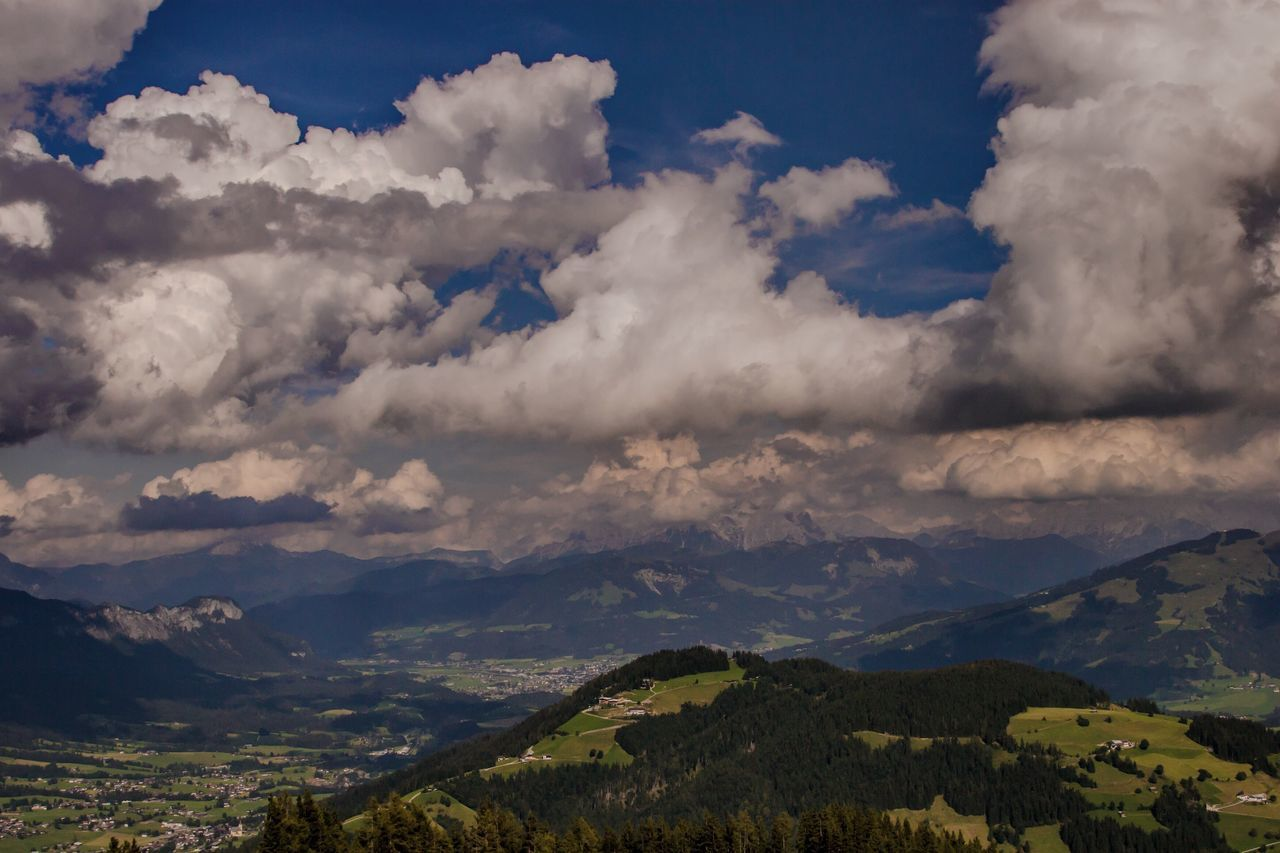Sky_collection Skyporn Landscape Mountain Sky Cloud Cloud - Sky Day Nature EyeEm Best Shots Sommer Best Shots EyeEm EyeEm Gallery Nature Mountains Alpen My Cloud Obsession☁️ Cloudporn Mountain View Mountains And Sky Mountain_collection Sky & Clouds Clouds And Sky Outdoors Relaxing