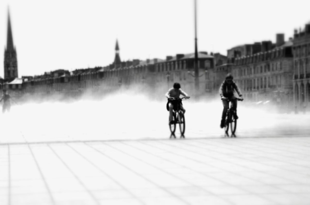 Beautiful stock photos of licht, Architecture, Bicycle, Boys, Building Exterior