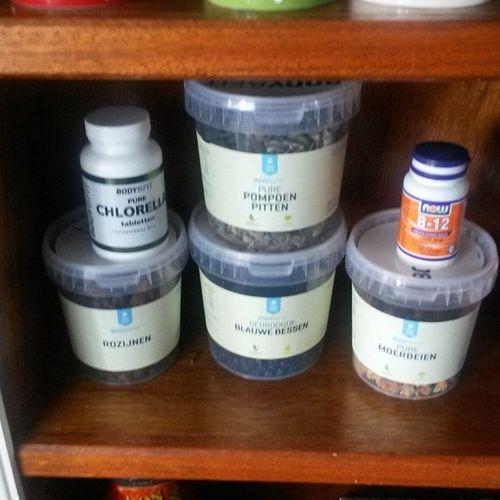 Weer een pakketje van de Body en Fitshop binnen! :) Bodyenfit Vegan Superfood Healthy
