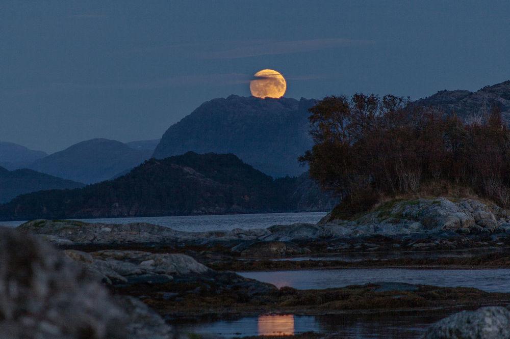 Supermoon Moon Landscape Nature Mountains Night FullMoonLight Reflection Fullmoon Norway Florø Bloodmoon Nofilter Noedit
