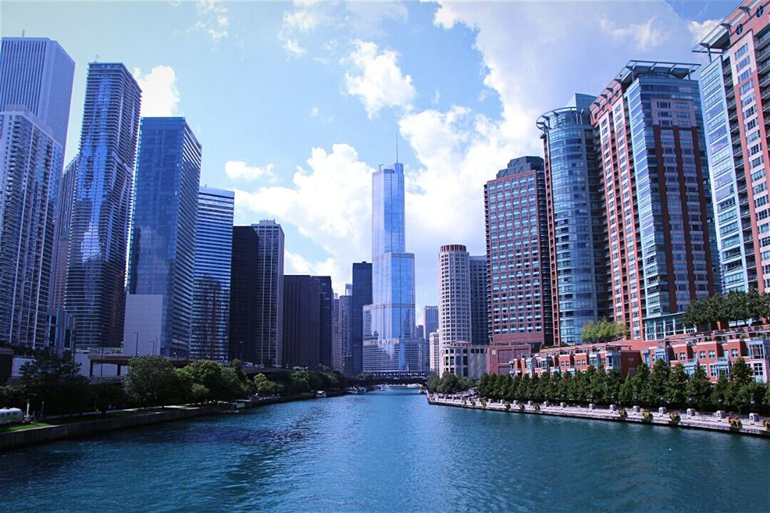 Chicago United States Traveling Cityscapes Urban Lifestyle Streetphotography Fresh 2 Open Edit Learn & Shoot: Leading Lines Seing The Sights Battle Of The Cities Lake Shore Drive.