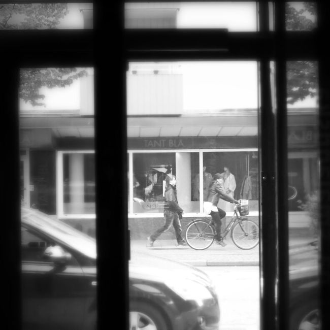 People Watching Streetphotography Blackandwhite Commuting