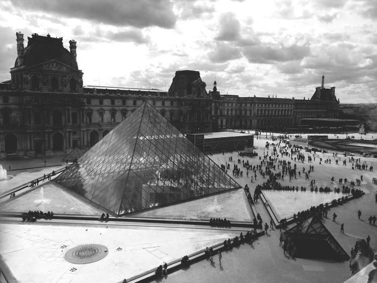 Hi there Paris Louvre Museum Trip Firstday Printemps Magicplace