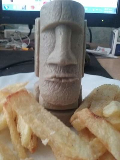 Food No People Food And Drink Close-up Bread Day Outdoors Freshness Rapa Nui Papasfritas Hambre Comer Architecture