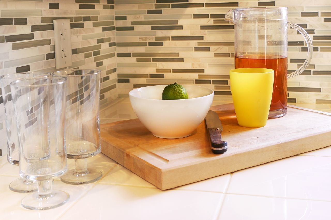 Interior Views Homy Icedtea Lime Glass Ceramic Backsplash Drinks Preparation