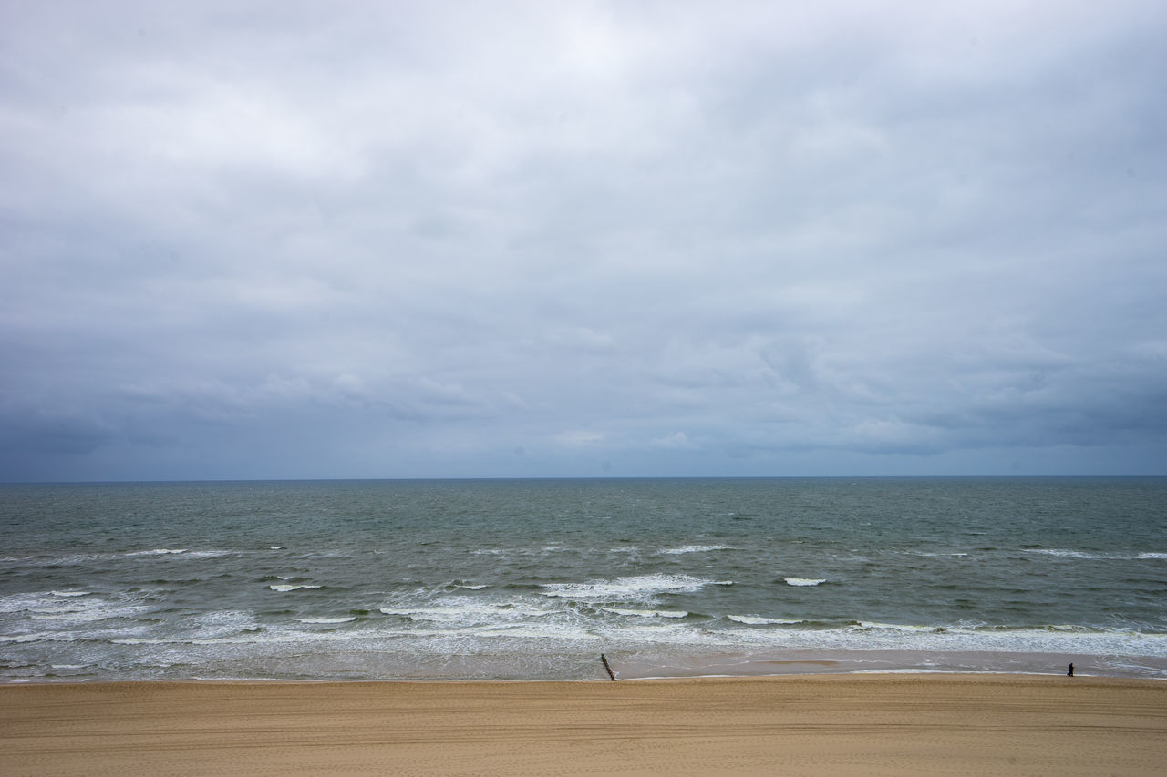 Beach Beauty Beauty In Nature Cloud Cloud - Sky Cold Day Germany GERMANY🇩🇪DEUTSCHERLAND@ Nature Nature Ocean Ocean View Off Season Outdoors Scenics Sky Sylt Tranquility Vacation Vacation Time Vacations Wave Wind Windy Day