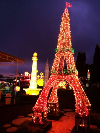 Lampions garden like paris Hello World Indonesiantraveler Paris Nightphotography Night Lights Color Palette Beautiful Place Malangtrip Malangbatuindonesia ColorPalette Color Palette Color Palette Enjoying Life Two Is Better Than One The Culture Of The Holidays Overnight Success