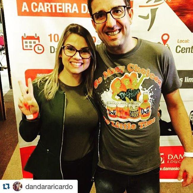 """Repost @dandararicardo with @repostapp. ・・・ Professor @madeiradez 🔝que honra 👏Muito muito muito feliz 😄 obrigada! e o ✌️ """"V"""" é de vitória rsrs 🙏DiaDamasioFloripa Eusoudamasio Soosmelhores"""