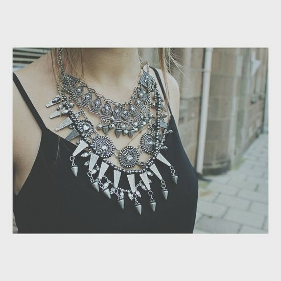 I want this necklace Want Zara Fashion Statement Necklace
