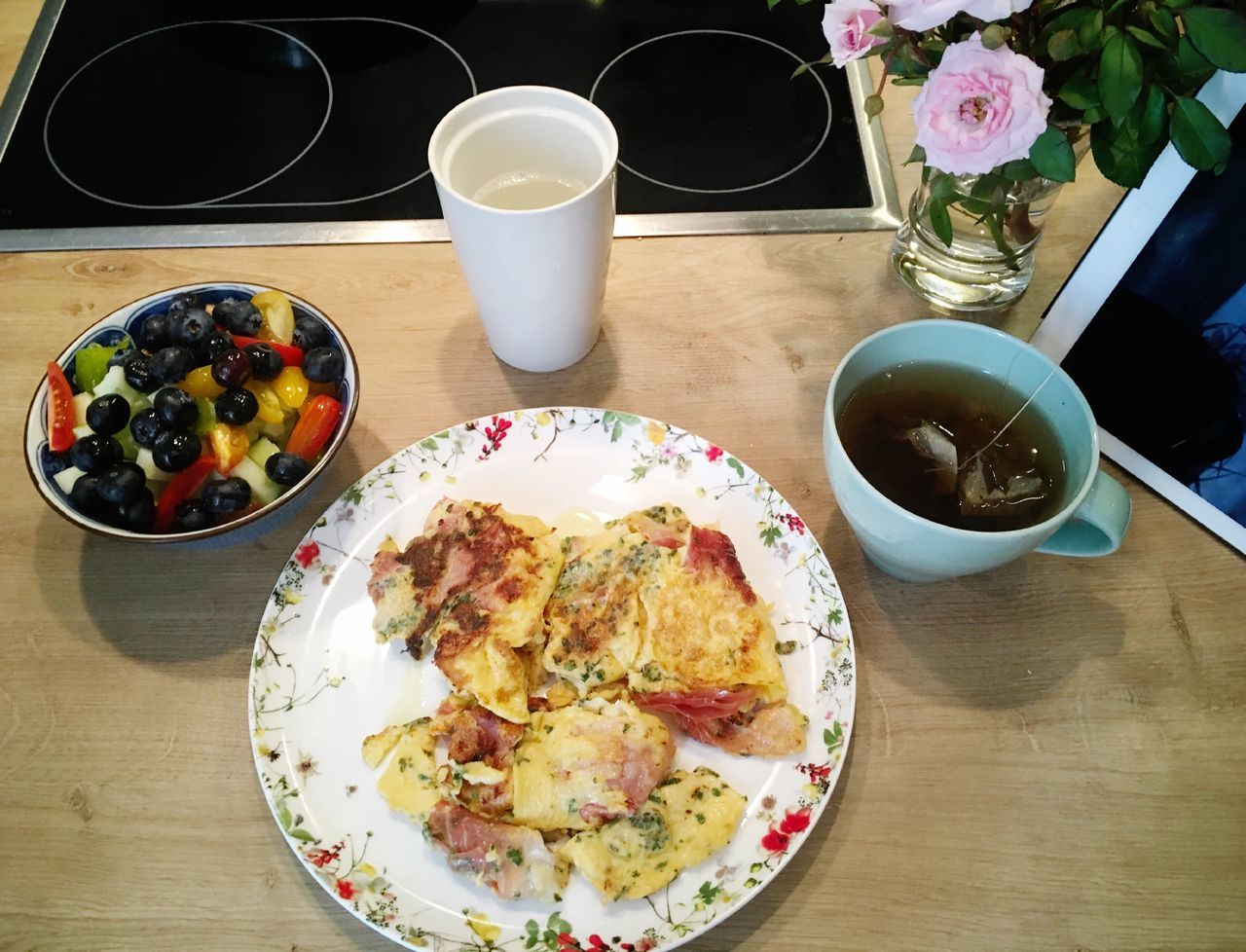 healthy breakfast Omelette Scrambledeggs Eggs... Eggs For Breakfast Food Food And Drink Ready-to-eat Plate High Angle View Tea Healthy Eating Frühstück No People Breakfast Healthy Food Blueberry Scrambled Eggs Healthy Lifestyle Meal Protein