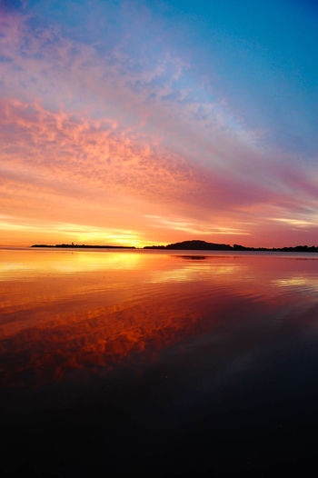 Atmosphere Atmospheric Mood Beach Boston Coastline Distant Horizon Over Water Light Majestic Moon Bay Má Outdoors Sand Scenics Sea Shore Silhouette Sun Sunrise Sunset Tranquil Scene Vacations Water