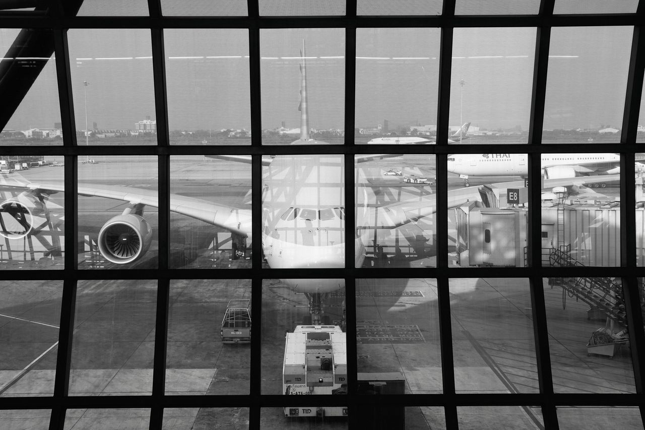 Transparent Window Built Structure Architecture Day Sky Building Exterior Indoors  No People Airport Airplane Airbus Structure Lines Lines And Shapes Monochrome Black And White Modern Modern Architecture EyeEm Best Shots EyeEm Gallery Check This Out Popular Photos in Bangkok , Thailand