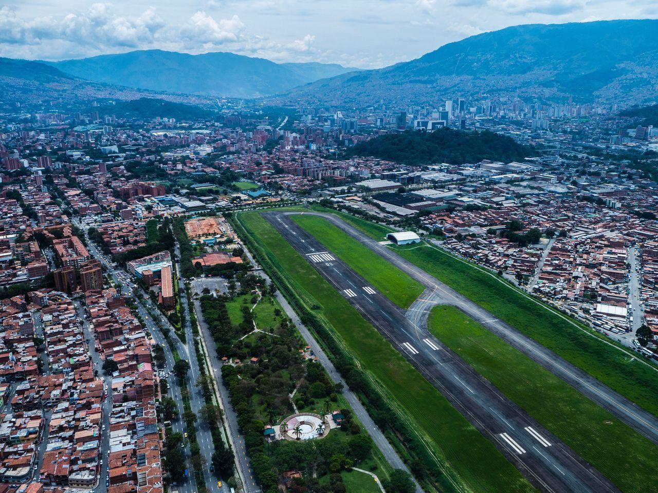 Aeropuerto olaya herrera de medellín colombia Fotografia Aérea