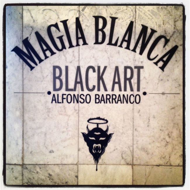 Magia Blanca Black Art Squaready MAM Màgia Blanca Black Art Arte Moderno Museo Museum Igers Igersdf Igersgdl Igersmonterrey