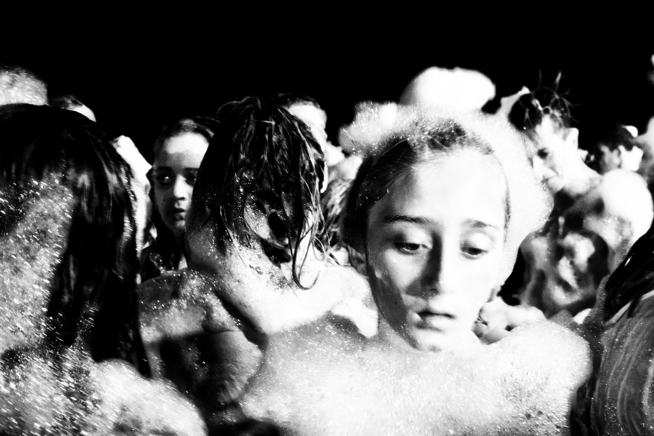 (the foam party, 26) Vicissitudini Black&white Monochrome_life Foamparty Solitude Photooftheday Photoshoot Monochrome