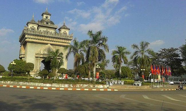 Patuxai Patuxay Victorygate Vientiane Laospdr Bluesky Lifeasiseeit Johnnelson Southeastasia