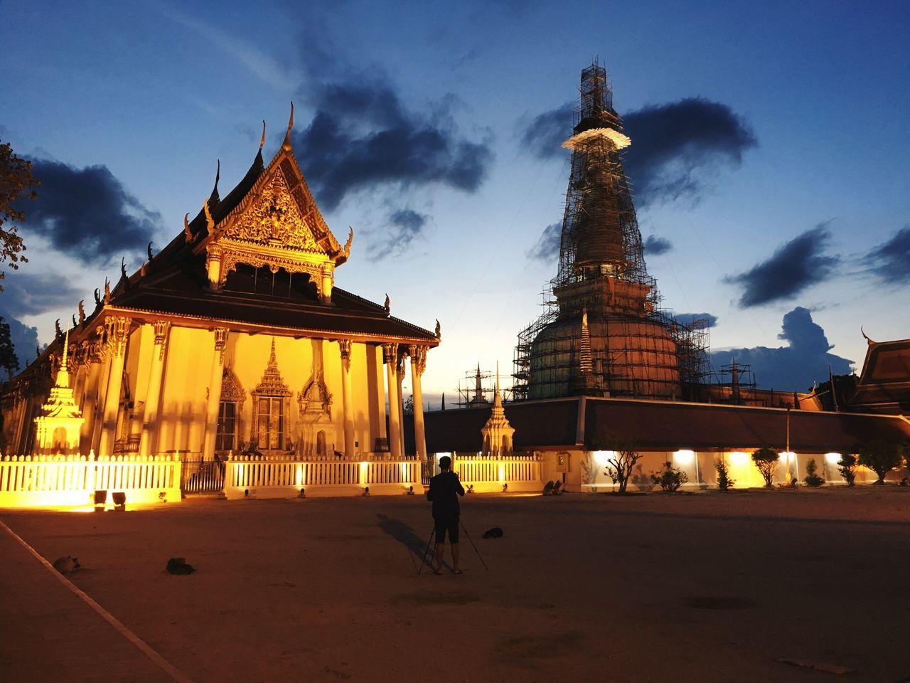 Temple Landmark Vacation Amazing Beautiful Buddhist Temple Buddha Nakhon Si Thammarat Sunset Golden Hour Gold