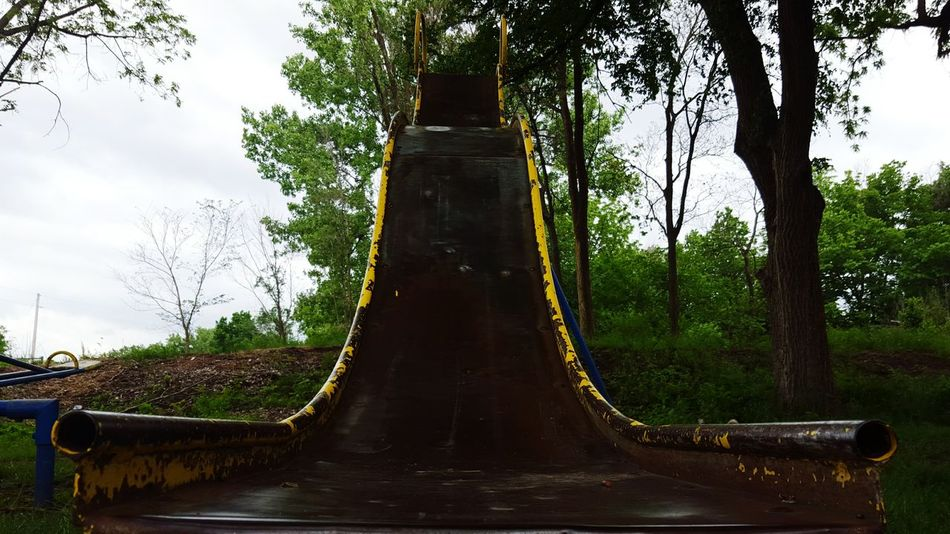 Slide Slides Metal Curves Rusty Rustygoodness Rusty Things RustyLicious Rusty Metal Rusty Goodness Curvy Play Playground Playing Playtime Playground Equipment Playgrounds The Park Park Chipped Chipped Paint Peeling Paint Antique Vintage The Past
