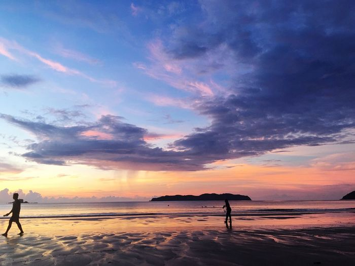 Beach love Beach Sunset Sky Beauty In Nature Nature Sea Scenics Cloud - Sky Water Sand Silhouette Tranquil Scene Full Length Tranquility Outdoors Two People Real People Standing Men Day The Week On EyeEm