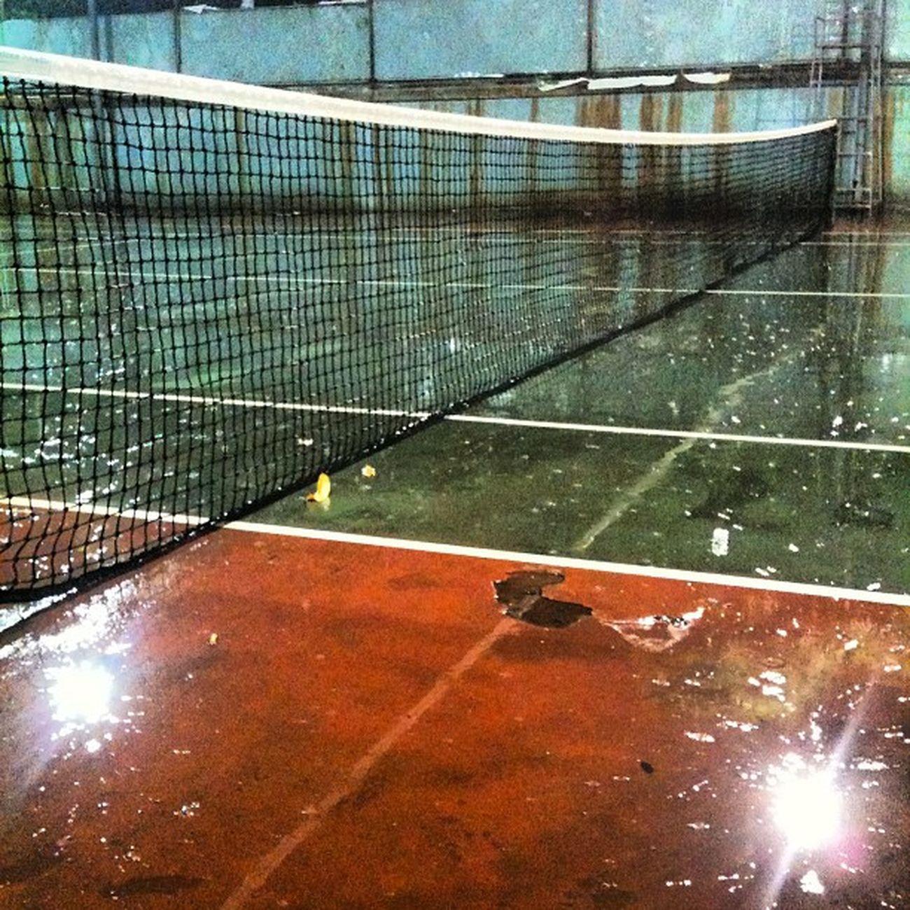 Mưa to khiếp =.= Tennis @secondstar2008