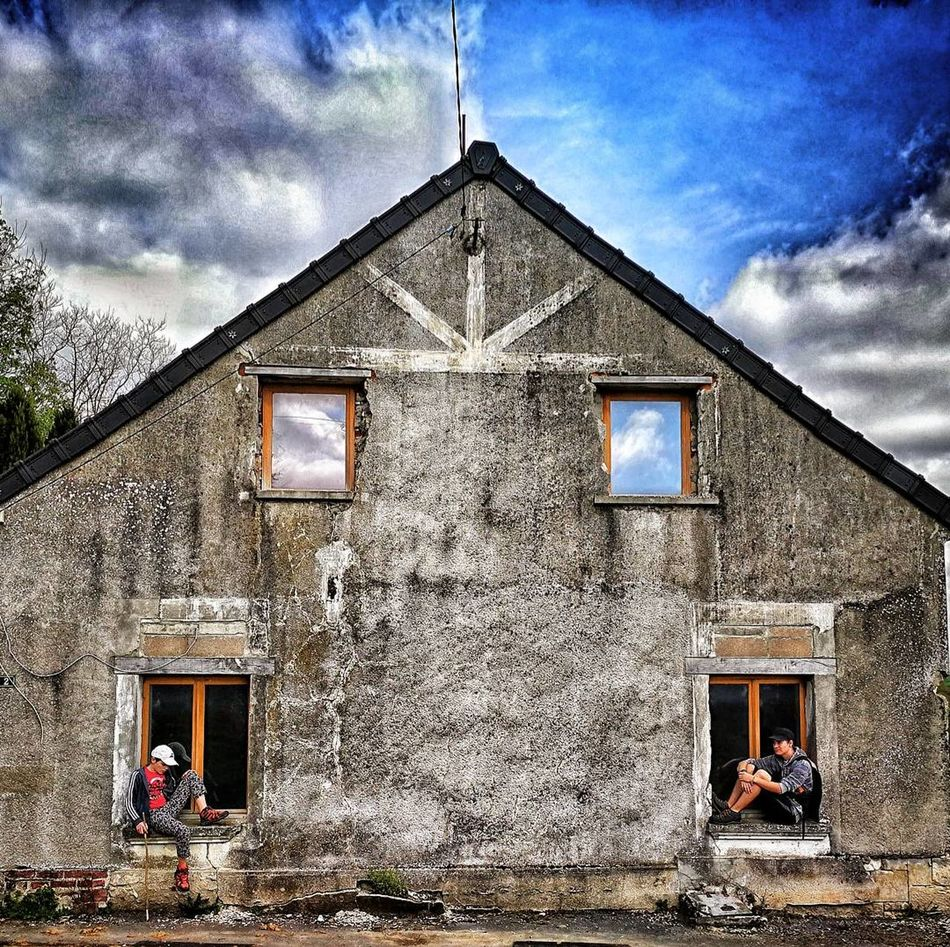 Symmetric. Old Buildings Mysterious Eye4photography  Eye4photography  Eyeem Photography Travel Destinations Tranquil Scene Serene Outdoors Streetphotography Street Photography Houses And Windows Men Style Long Goodbye Architecture Abondoned Buildings Abandoned House