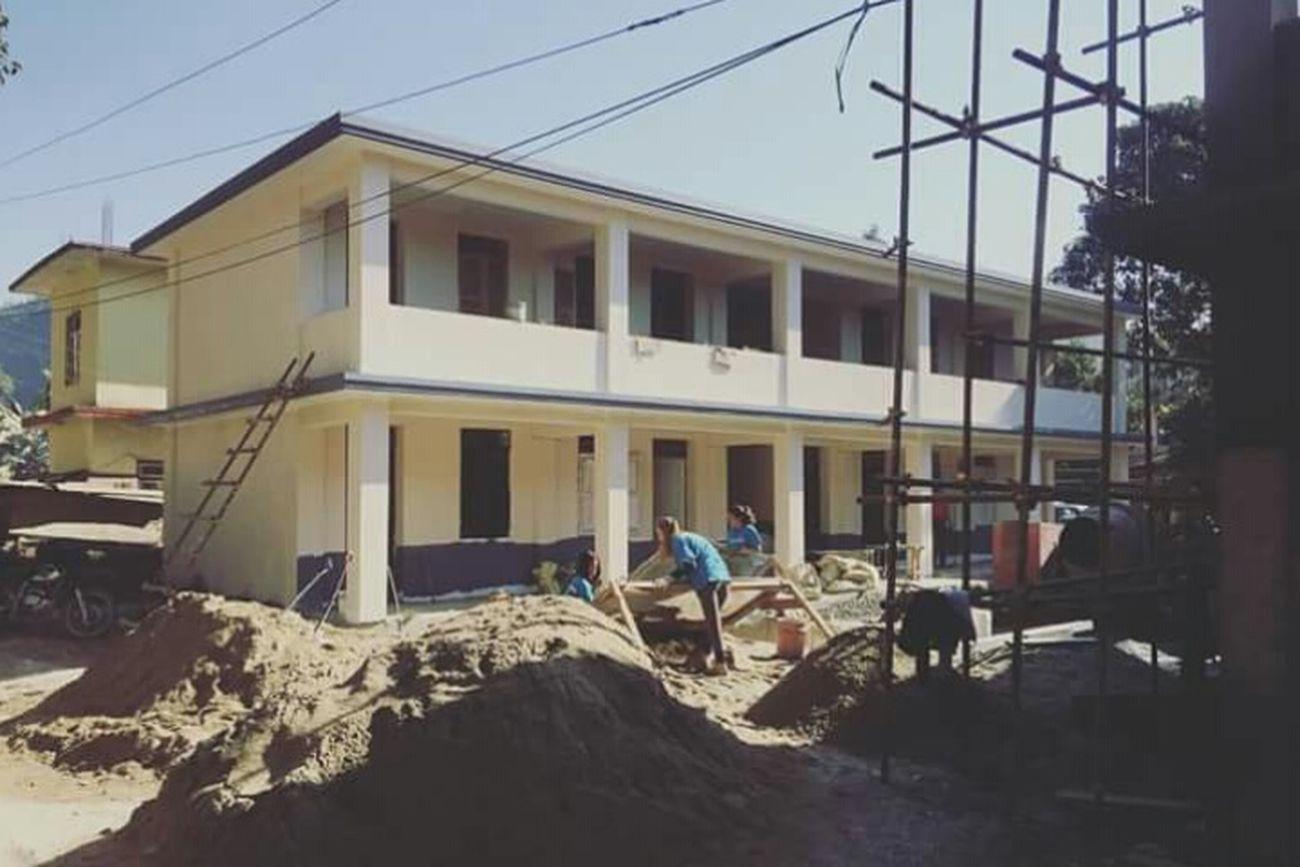 Rückblick Nepal Schule ich wünschte ich wäre dort und könnte sie fertig sehen :/