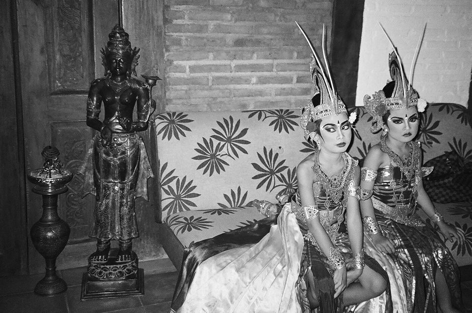 the weight of tradition -- canggu bali december 2015 35mm Film Analogue Photography B&w Photography B&W Portrait Bali, Indonesia Black And White Fine Art Photography Fashion Photography Film Photography Filmisnotdead Lifestyles Portrait The Portraitist - 2016 EyeEm Awards Traditional Costume Traditional Culture Travel Photography Girl Power Bored Kids Not Happy Akward Moment People Sitting Waiting Couch Wedding Performers Mundane