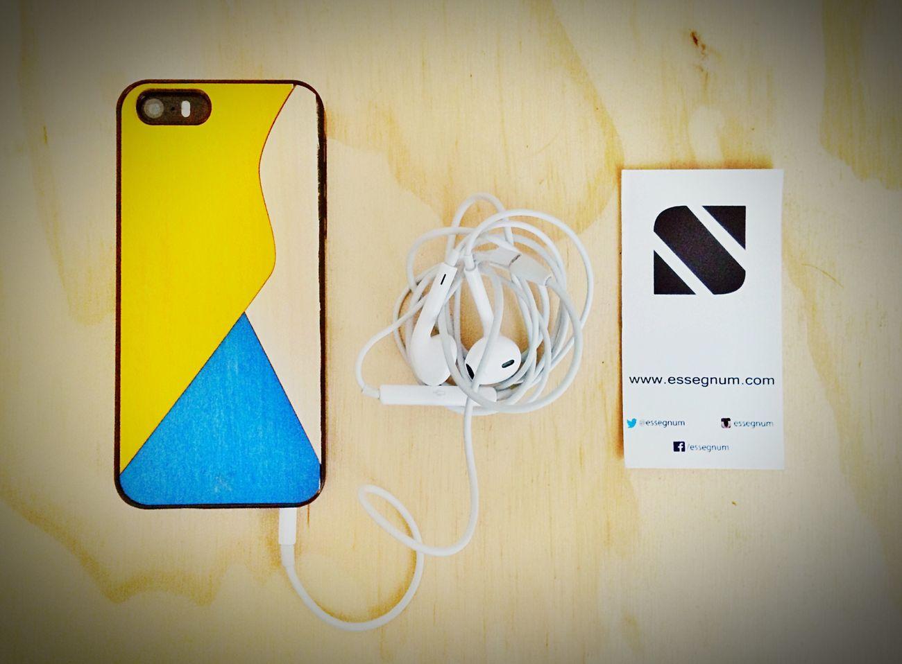 WOOD. 📱 Wood Art Essegnum Essentials Case IPhoneography IPhone 5S
