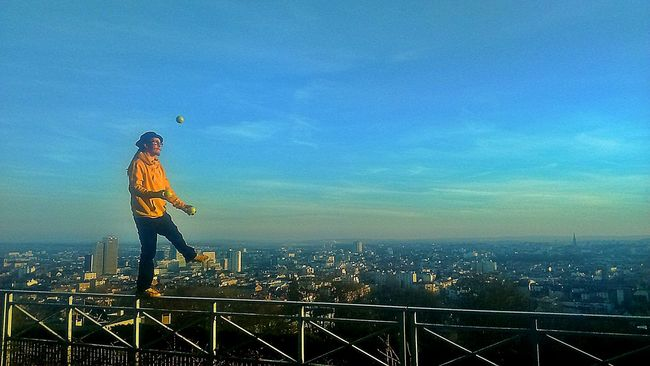 Juggling Panoramic View Nancy