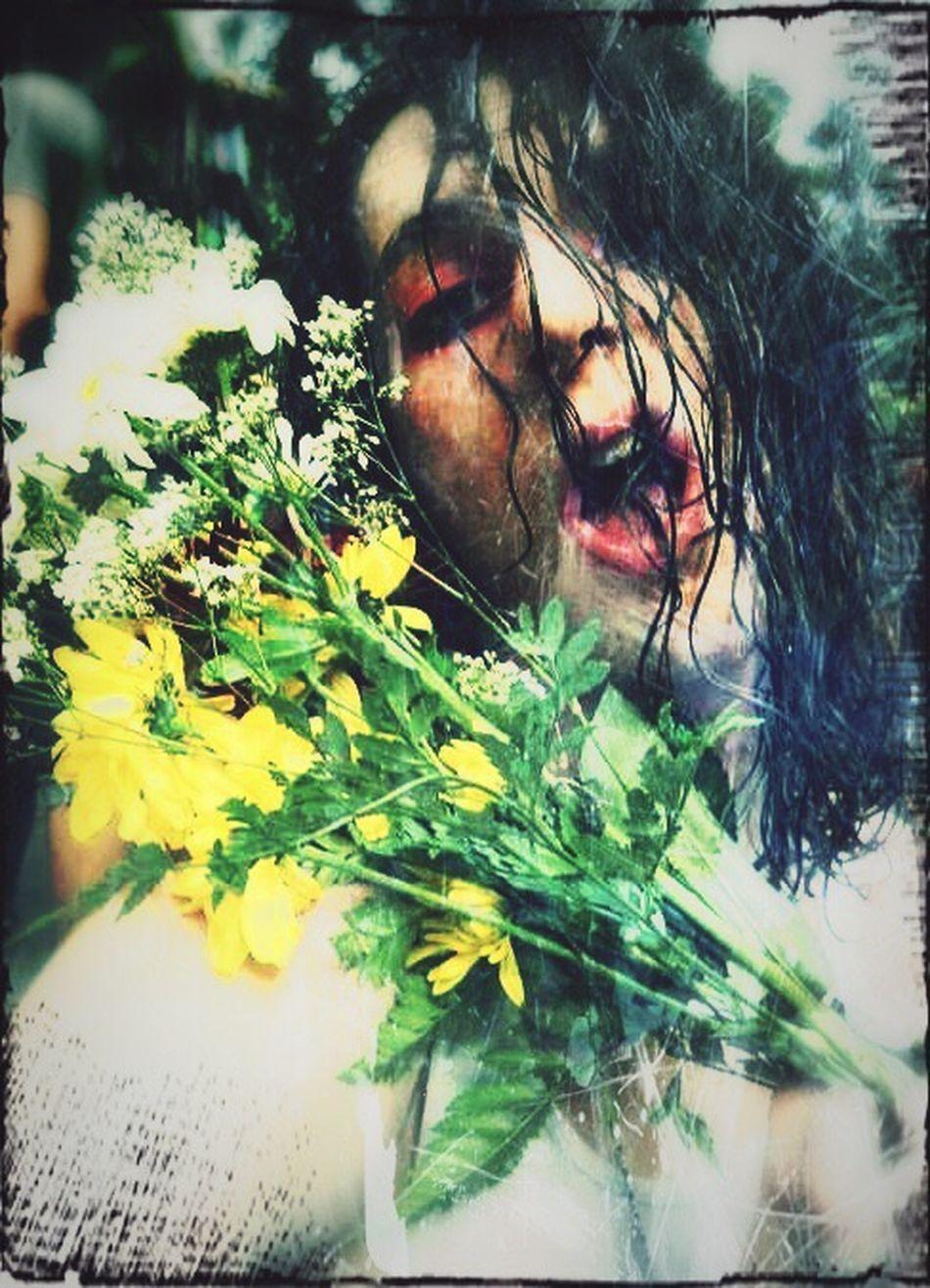 FuNN y Flora Flora And Fauna Portrait Self Portrait Punk Rock First Eyeem Photo