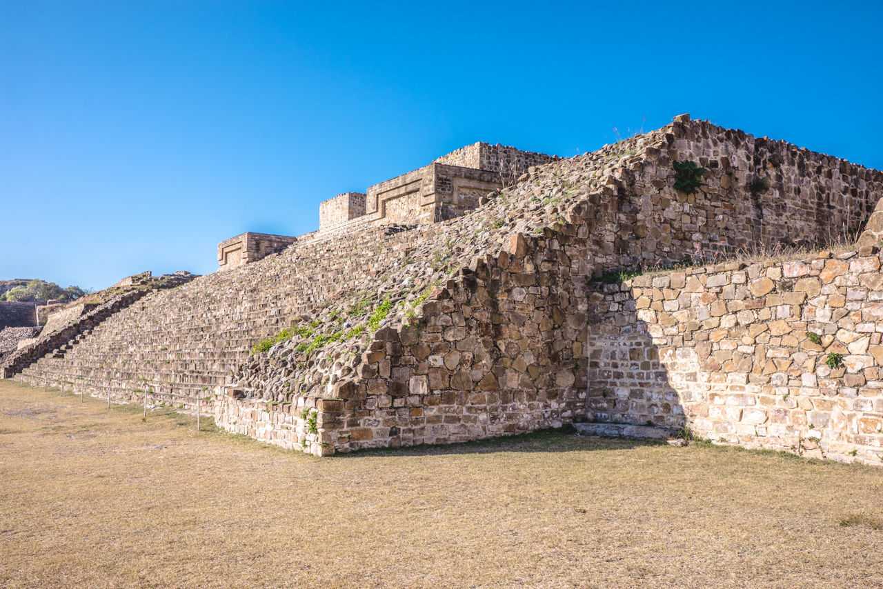 Amazing View Ancestral Ci Ancient Ancient Civilization Ancient History Archaeology Architecture Day Destinations Fort History Landscape Mexico Mexicoistheshit Monte Alban No People Oaxaca Outdoors Prehispanic Pyramids Travel Travel Travel Destinations Travel Photography