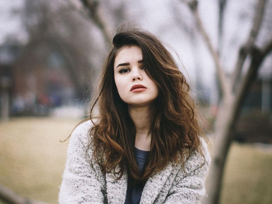 Beautiful stock photos of dunkel, 16-17 Years, Anticipation, Beautiful Woman, Brown Hair