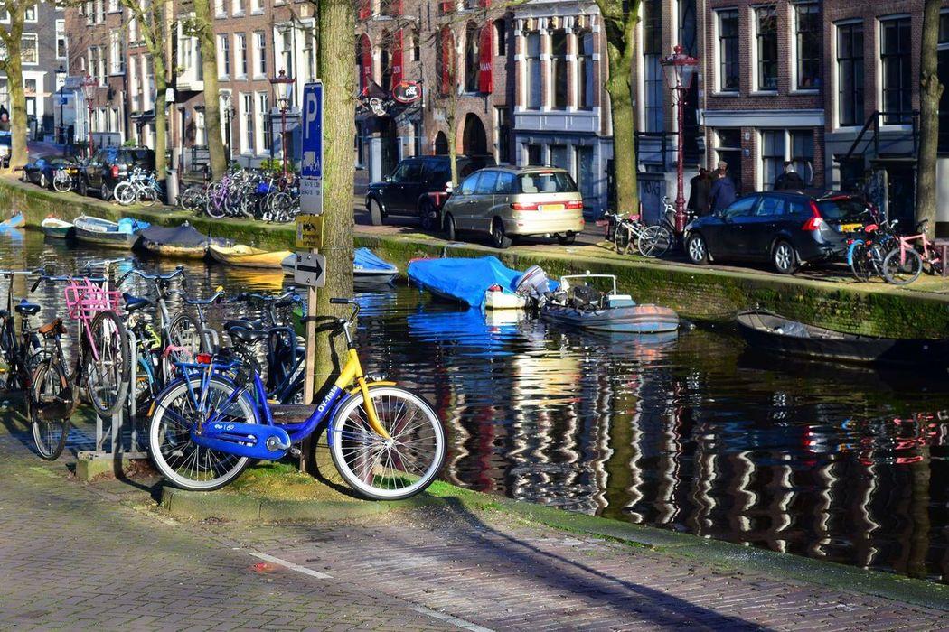 Check This Out Enjoying Life Amsterdam Canal Water Reflections Reflections Holland Canal Waterfront Travel Travel Photography EyeEm Best Shots Bestoftheday Bikesaroundtheworld Bikes