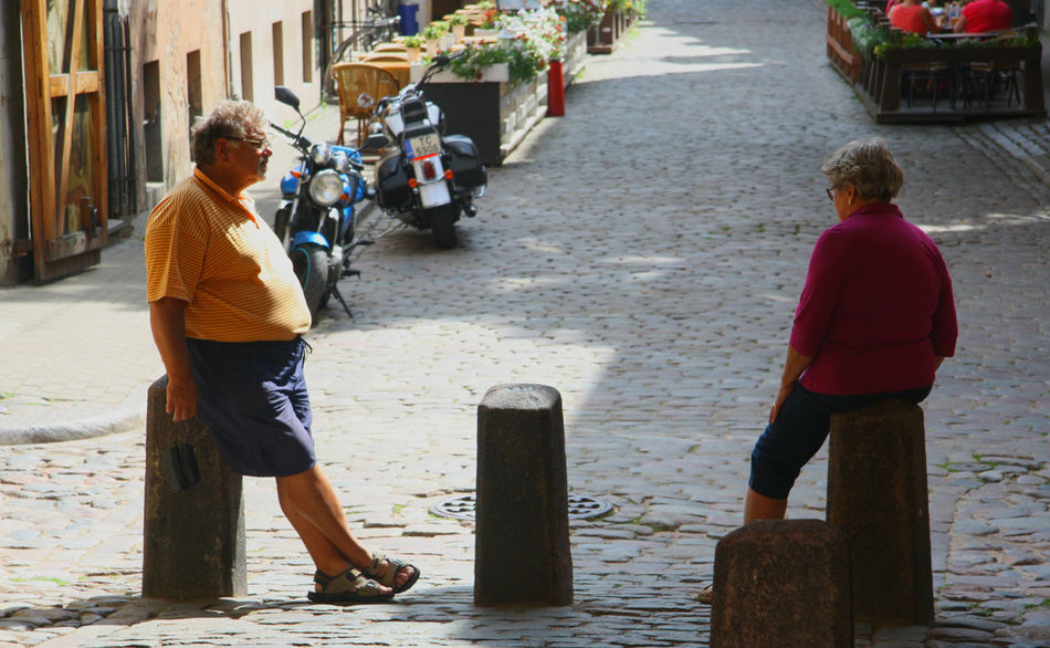 Afternoon Afternoon Mood Chill Mode Chillin Colours Of Life Couple Day Elder Couple Elderlypeople Leisure Activity Lifestyles Old Town People People And Places People Together Relax Relaxing Moments Relaxing Time Street Photography Summer Summer In Europe Togetherness