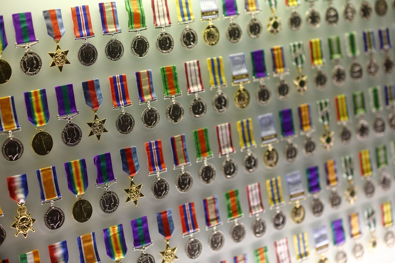 A display of service & campaign medals from WW1 soldiers in the Shrine of Remembrance, Melbourne, Australia. Campaign Medals Display Case Memorial Military Service Medals Off Level Capture Personal Sacrafice Reflection Sacrafice  Service Medals Soldier Soldiers Ww1 Ww1 Memorial WW1 Soldiers