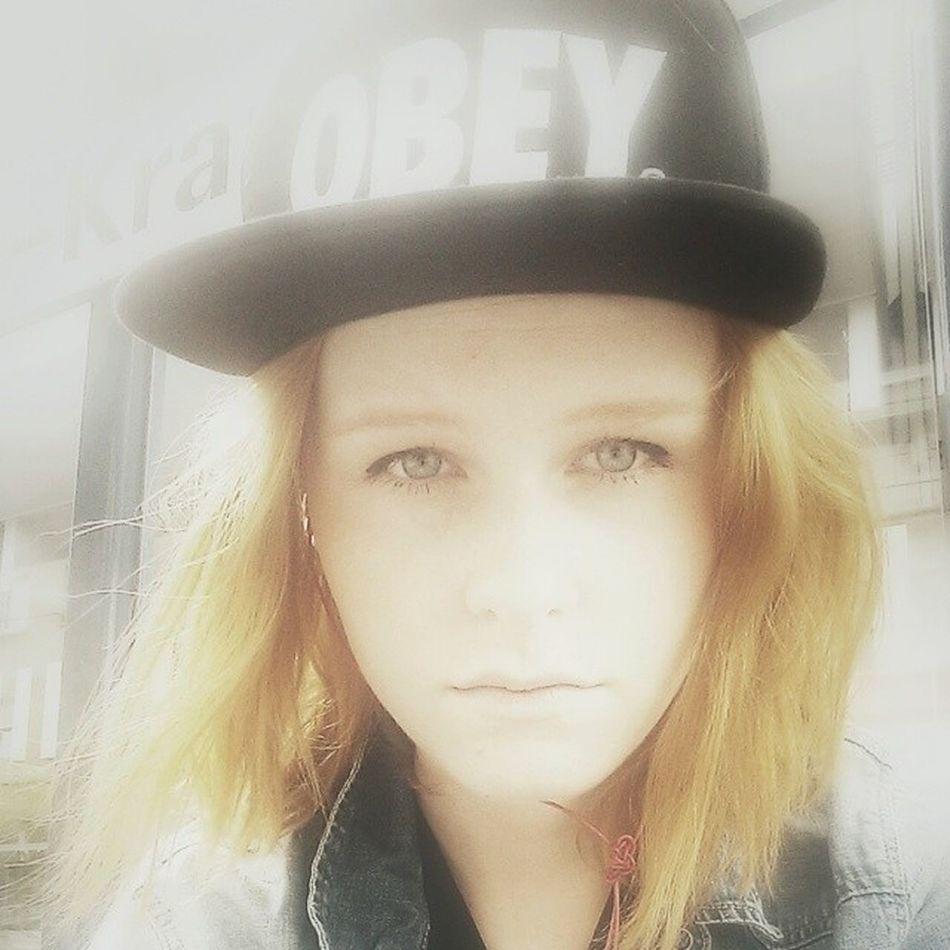Guten Abend STGT! Stgt Stuggistuttgart Stuttgart Stuggi Urlaub Hipstermaedchen hipster Berlin obey fashion Wasted selfie Musik music hiphoplebt hiphop Rap mode fashion fade ginger